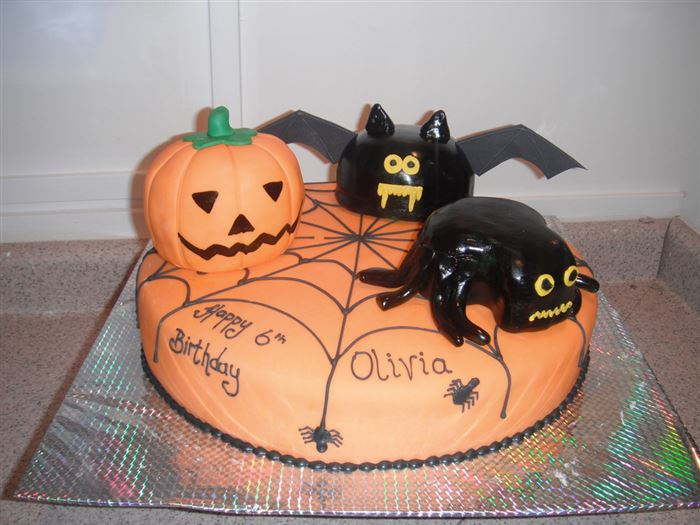 Best Halloween Cake Decorations Pictures
