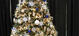 Ideal Beautiful Decorated Christmas Tree With Images