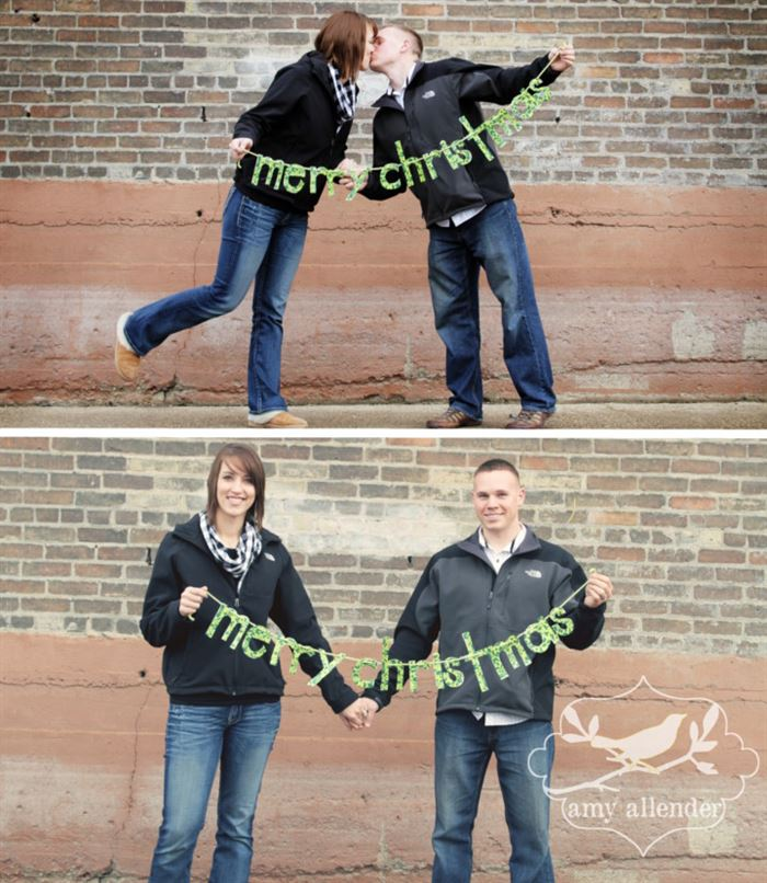 Romantic Christmas Picture Ideas For Couples