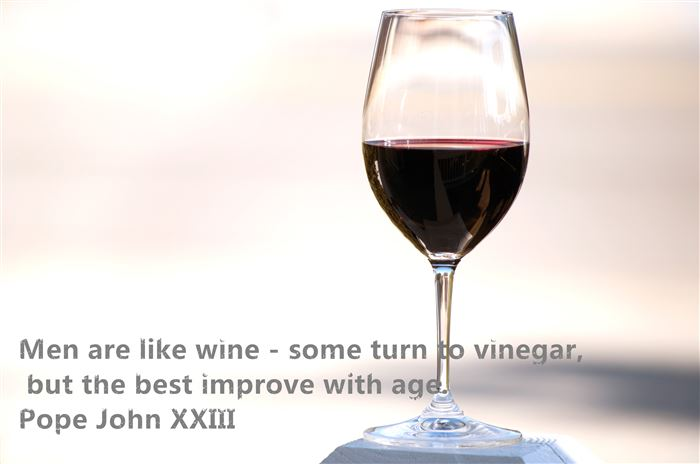 Unique Happy New Year Wine Glasses Pictures With Quotes