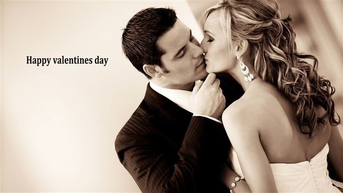 Sweet Happy Valentine's Day Couple Photos