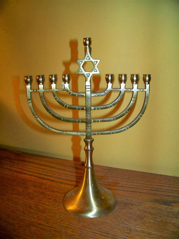 Meaningful Happy Hanukkah Candle Holder Picture