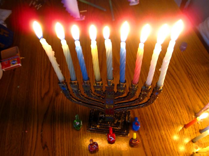 Meaningful Pictures Of Happy Hanukkah Candles