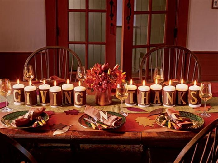 Meaningful Happy Thanksgiving Table Decorations With Pictures