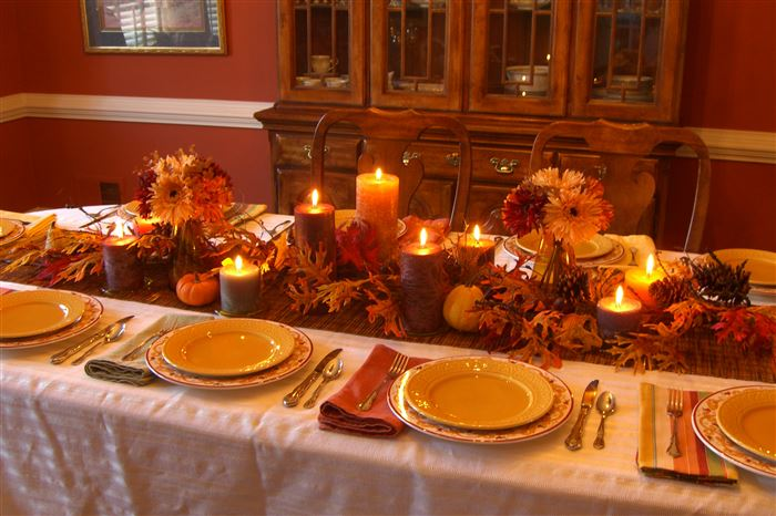 Beautiful Happy Thanksgiving Table Decorations With Pictures